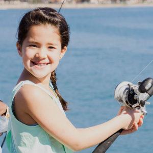 strearns_wharf_bait_and_tackle_fishing_girl
