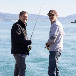 strearns_wharf_bait_and_tackle_fishing_guys